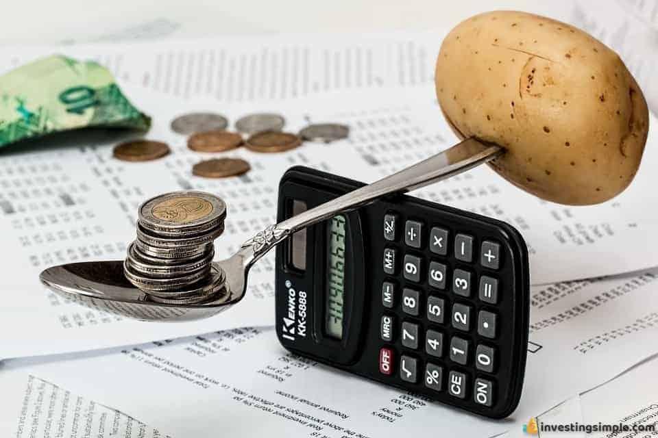 Money-Budget-Coins-Household-Budget-Calculator-1015125.jpg