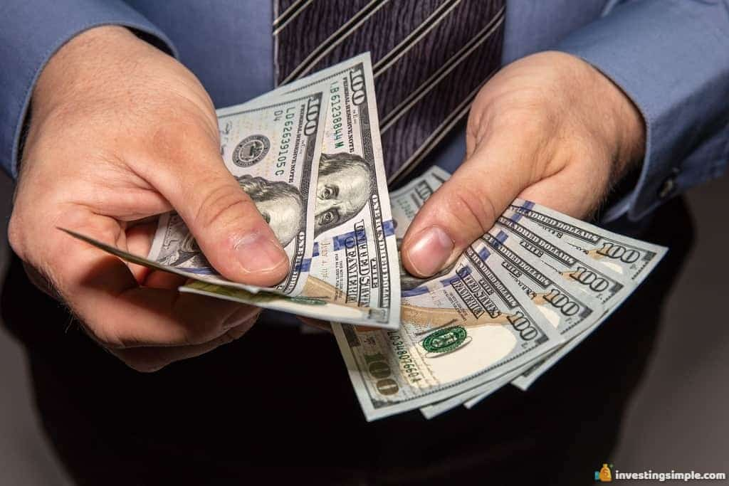 If you are in a pinch and need to make some quick cash, here are some ways to make $100 fast.